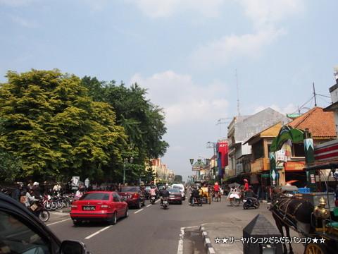 マリオボロ通り まりおぼろどおり Jalan Malioboro