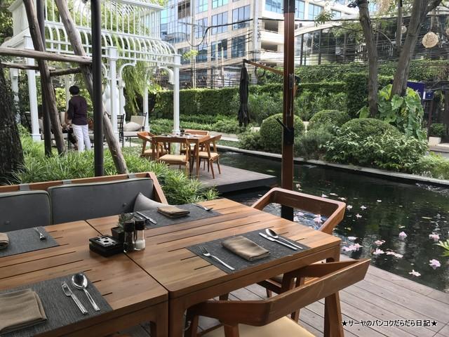 Bangkok Trading Post & Bistro Deli (14)