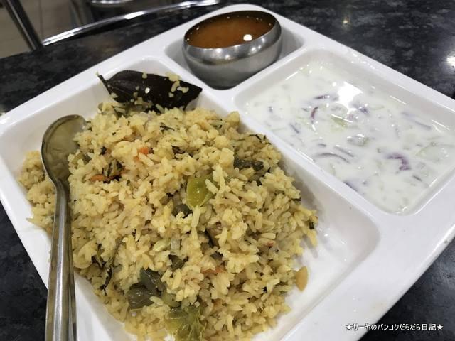 Dhanalakshmi grand ローカルレストラン バンガロール ドーサ (8)