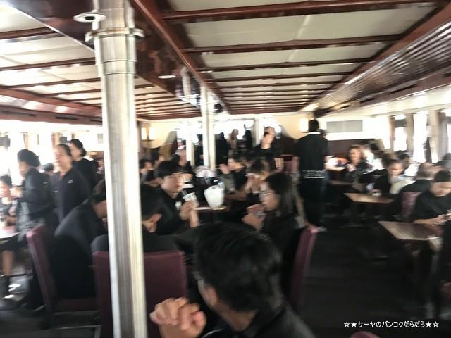 タイ国葬 船着き場 サトーン 豪華客船 (2)