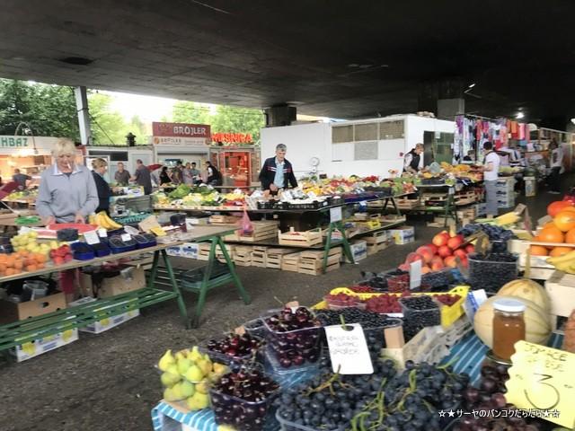 ツィグラネ市場 Pijaca Ciglane サラエボ sarajevo (3)