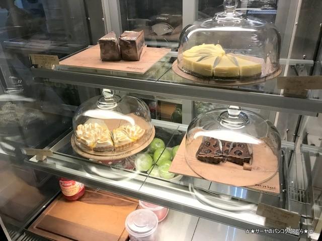 Ban ya kaad アーリー バンコク タイ料理 レストラン (6)