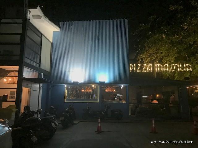 Pizza Massilia ピザマッシリア バンコク イタリアン entrance