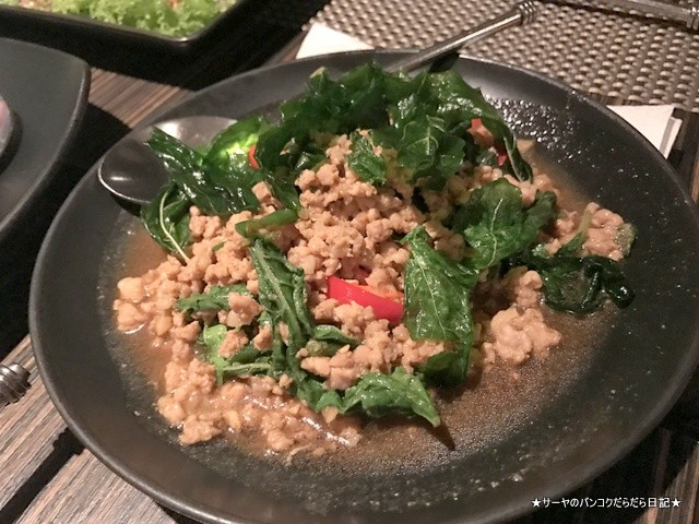 Ruen Urai (ルアンウライ) タイ料理 バンコク (8)