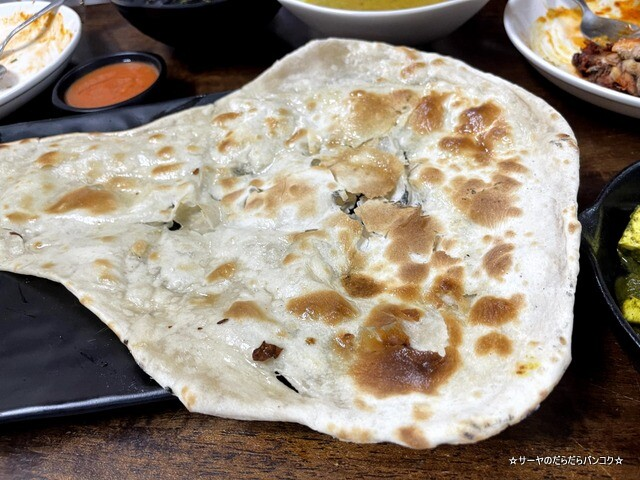 Himalaya Restaurant Bangkok ヒマラヤレストラン (16)