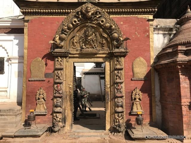 Bhaktapur バクタプル カトマンズ 世界遺産 王宮前広場 (17)