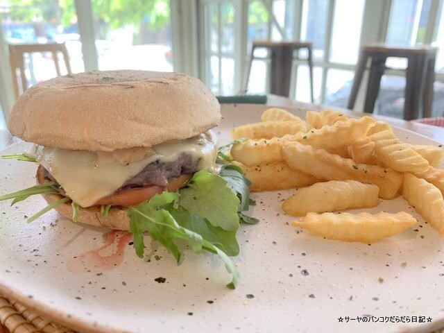 Datwich Cafe ダットイッチ バンコク トンロー カフェ (3)