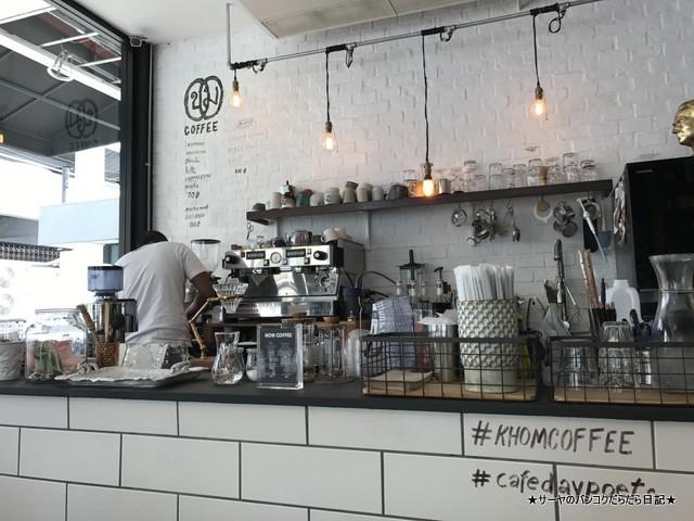 Cafe Daypoets バンコク カフェ スンウィジャイ (6)