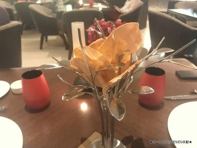 The Naturally Tasting LA SSCALA スコータイ ITALIAN (3)
