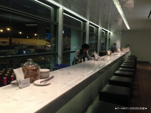 空港 Airport ラウンジ 香港 Hong Kong Lounge