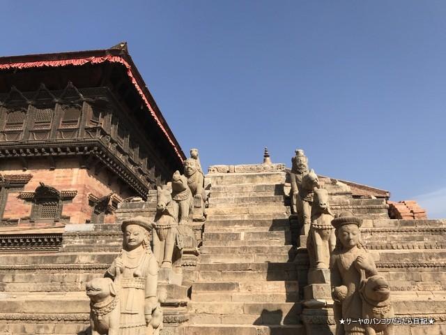 Bhaktapur バクタプル カトマンズ 世界遺産 王宮前広場 (20)