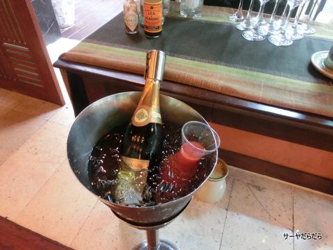 Le Meridien Khao Lak Beach and Spa Resort 10
