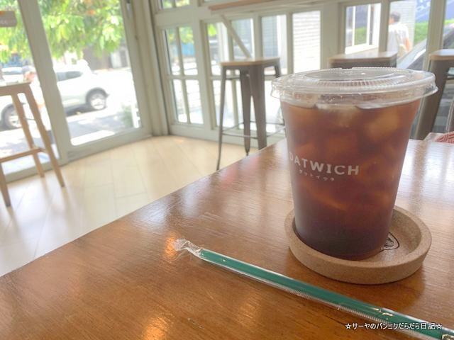 Datwich Cafe ダットイッチ バンコク トンロー カフェ (2)