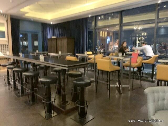 Mojjo Rooftop Lounge Bar at コンパススカイビューホテル (12)