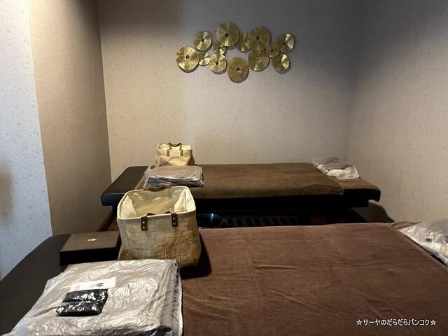 静 ディオラ Diora Luxe Asoke (12)