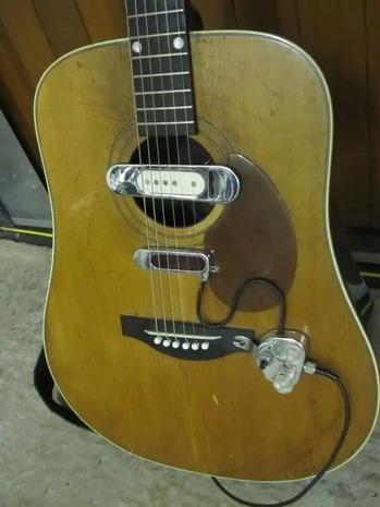Elmore James guitar 1