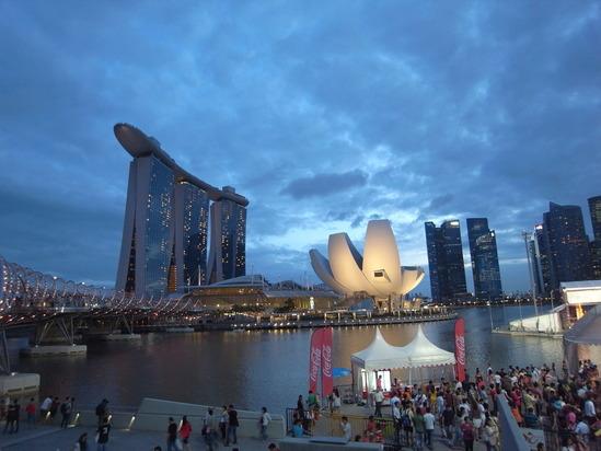 シンガポール表紙