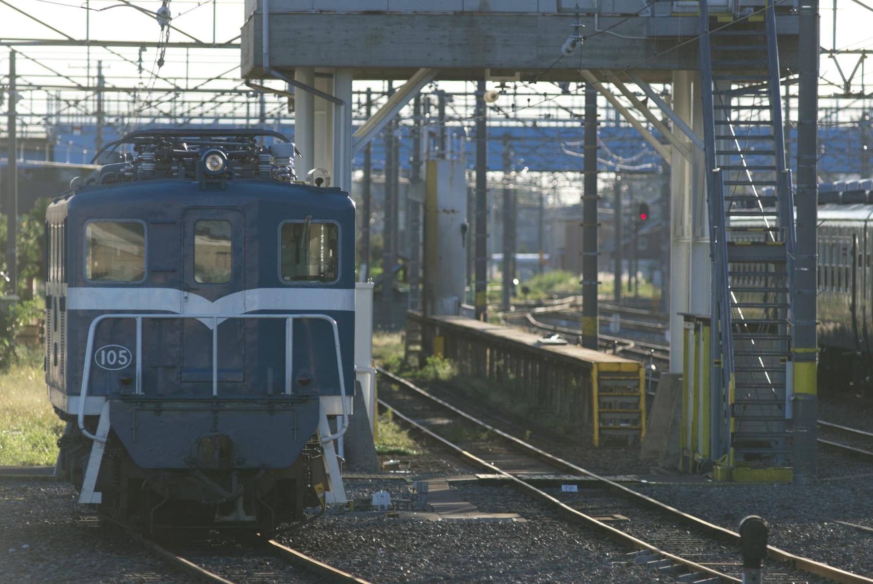 C9DT1883 (2)
