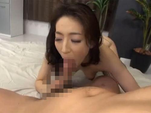 アナルディルド・アナル挿入で昇天する淫乱熟女!