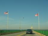 アメリカ−カナダ