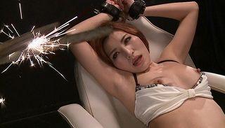 (夏希みなみ)女捜査官を縛り電流責め拷問、麻薬を注射され蝋燭責め巨大チンポFUCK