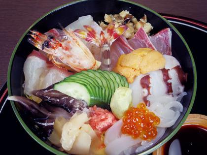 かわい寿し(海鮮丼)
