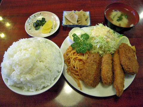 ミックスフライ定食(820円)wwwwwwwwwwwwwwwwwwwwww
