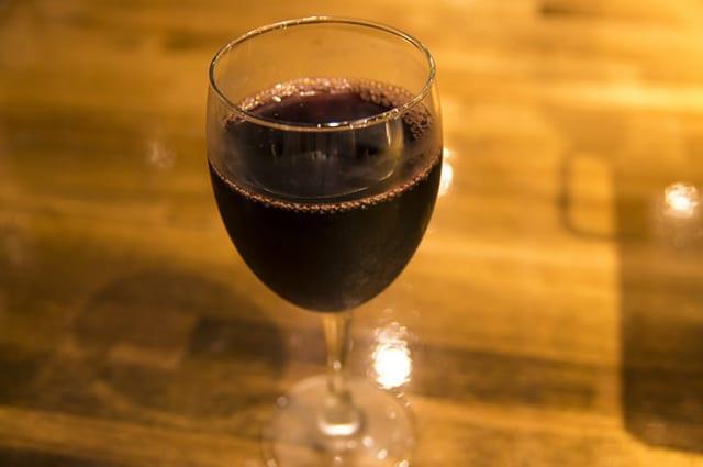 バーテンダーだけど、赤ワイン美味くないと思ってる奴おるか?