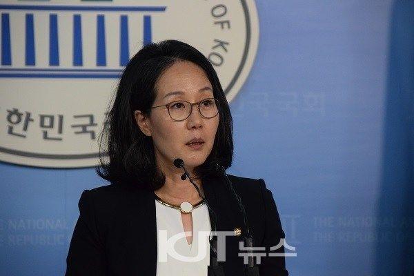 韓国与党・セヌリ党が安倍首相に逆ギレ 「韓日関係の懸案まで政治利用している」