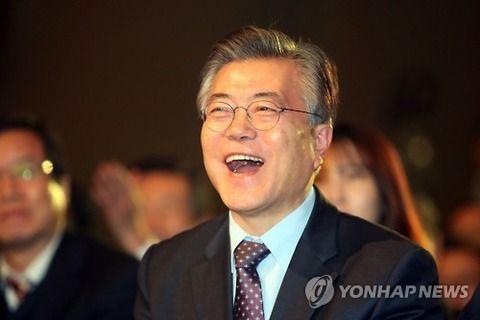 【韓国】15歳から29歳の約4分の1が失業…韓国・文大統領の夢想政策