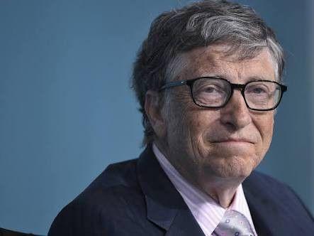 ビル・ゲイツ「あと残り4兆9999億9999万9870円」