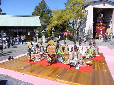 ⑨ 神明太一社の雅楽演奏