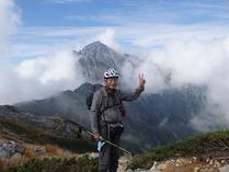 ⑧剣岳をバックに記念撮影