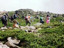 御前峰の登山道
