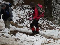⑨雪の参道