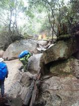 ②-3 岩場の登山道