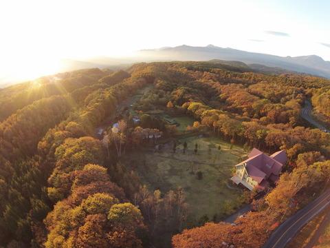 絶景!秋の丘の上のホテル