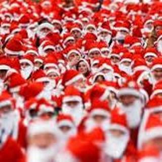岡山駅前 から イオンモール岡山  クリスマス サンタ