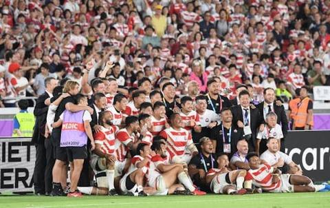 ラグビーW杯、日本が初  決勝トーナメント
