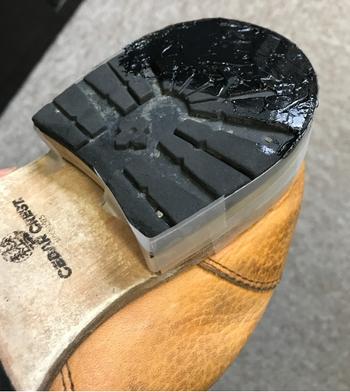 靴補修 セメダイン