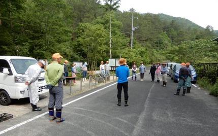 200603 山野草のエキ ボランティア (2)