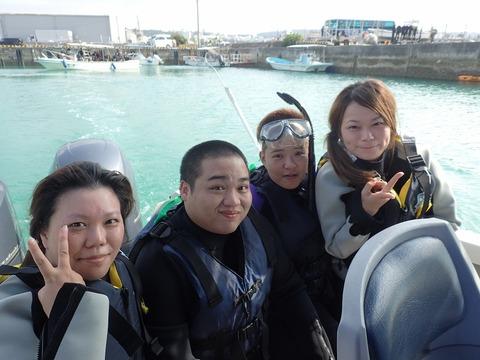 4人青洞浮潛