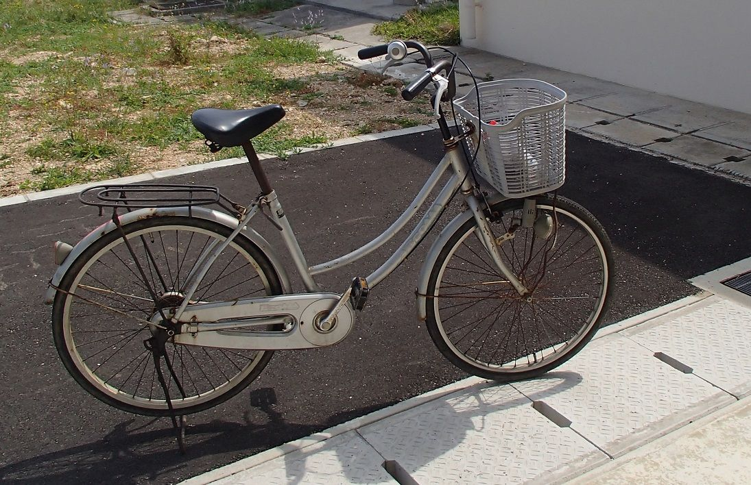 自転車の 沖縄 自転車 レンタル 格安 : 建物内に砂を持ち込まないよう ...