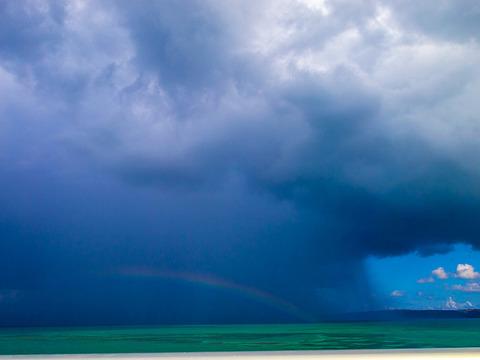 rain_rainbow_kouri_130812