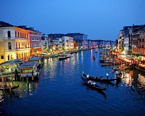 ベネチアは水の町