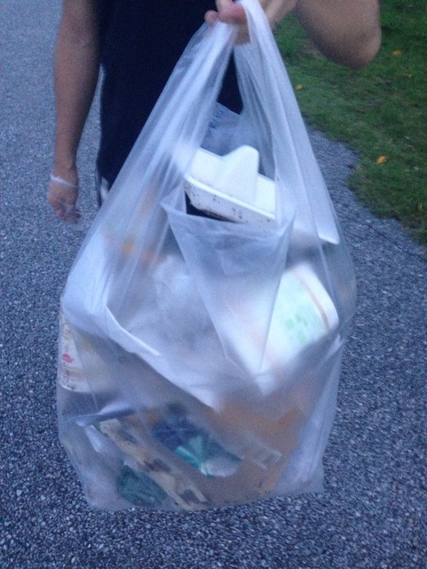 ゴミ袋がいっぱいに