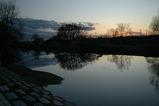 川に移った夕景