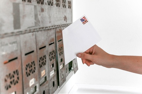 american-flag-boxes-close-up-1550334