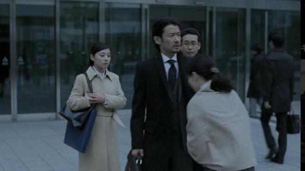 竹野内豊 Roots CM 戸田比呂子 アタックNeo ルーツ 女性と鉢合わせで出鼻をくじかれ。