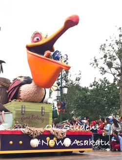 上海ディズニーランド 昼パレード ニモ